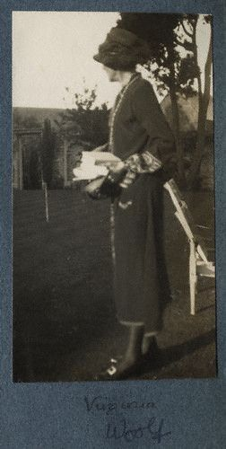 (Picture of Woolf taken by Lady Ottoline Morrell)