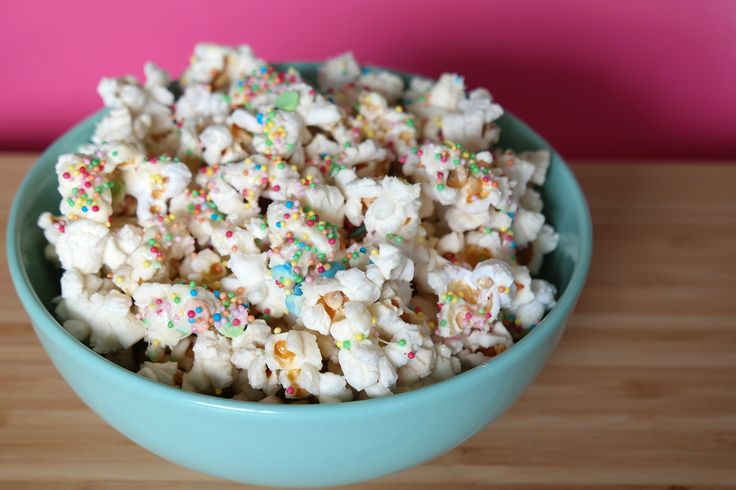Popcorn met witte chocola en discodip