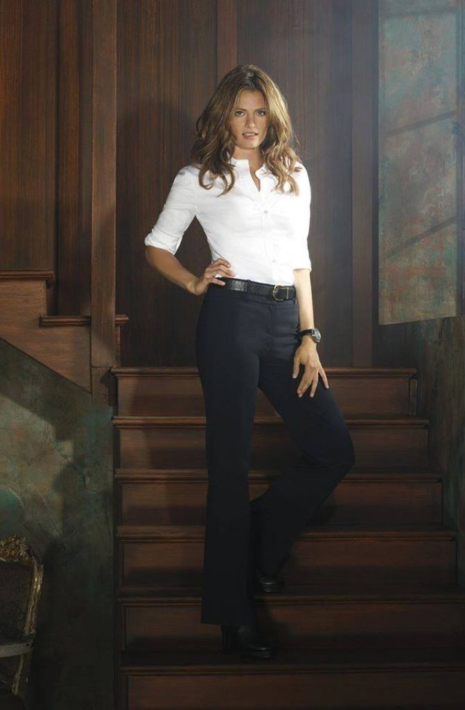 Stana poses for season 7   ♥castle♥   Pinterest