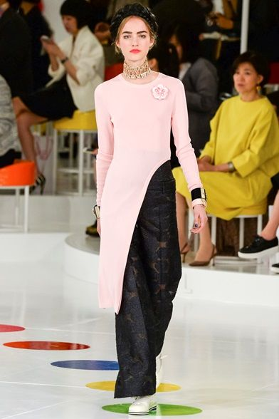 Chanel - Pre Spring 2016 - Shows - Vogue.it
