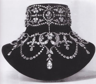 Boucheron Necklace 1899, for Mary-Louise McKay the wife of the  American silver prospector and millionaire John McKay.