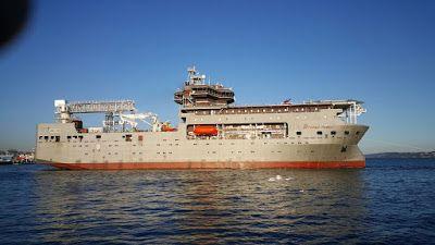 Industria naval española: Buque en construcción por astillero Hijos de J. Ba...