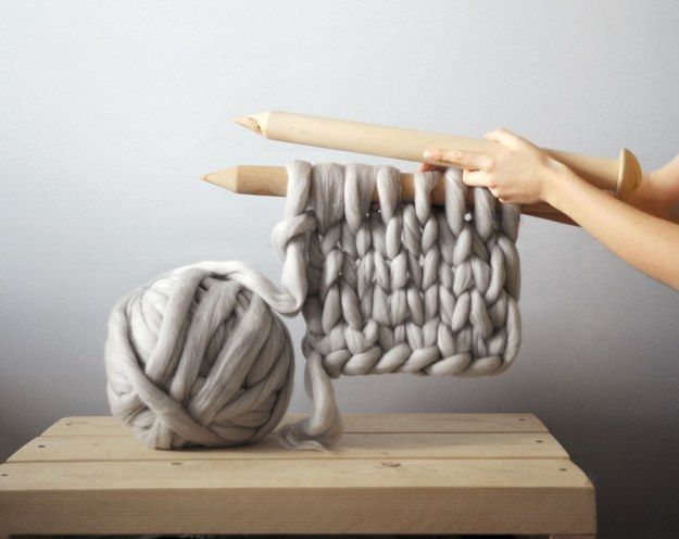 Using 100% Australian merino wool and 40mm wooden needles, Mo creates the chunkiest of chunky knits. | These Giant Knitted Blankets Are The Answer To Your Winter Prayers