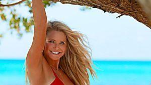 Así se ve la modelo Christie Brinkley en bikini... a los 63 años