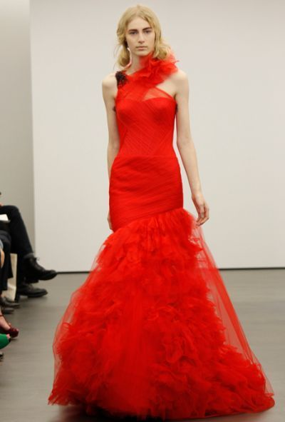 Vera Wang Wedding Dresses Spring 2013: Why Red is the New Color For Brides