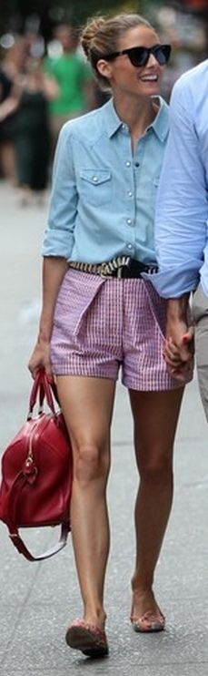Olivia Palermo: Shirt – 7 For All Mankind  Purse – Louis Vuitton  Sunglasses – Westward Leaning