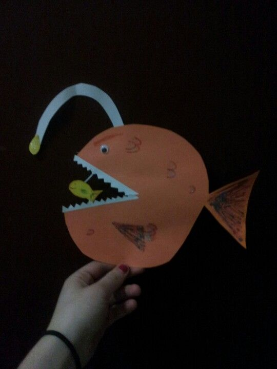 Arts & crafts- Scary finding Nemo fish. Honestly the most adorable craft ever! any kid would love this amazing craft!