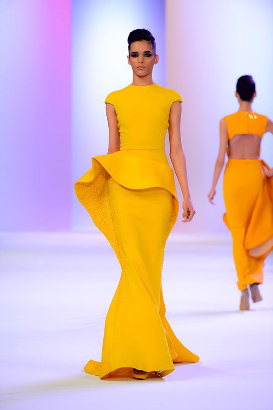 Haute-Couture-2014-Yellow-Gown-Dress-Stephane-Rolland