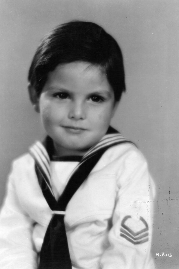 'Little Rascals' Star Dickie Moore Dead At 89. He gave Shirley Temple her first on screen kiss.  Died 9-7-15 cause not known.