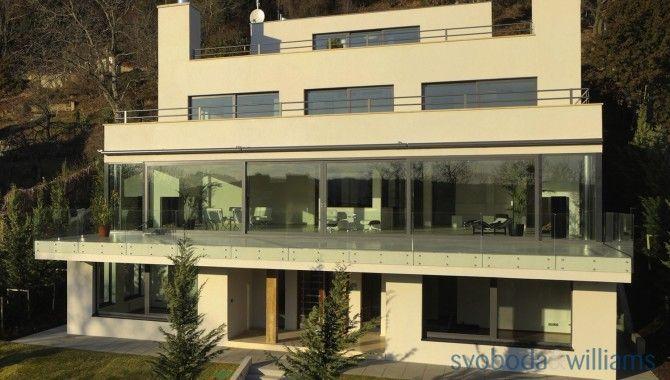 Seven-bedroom (8 + kk) House, NadKazankou, Prague 7 - Troja