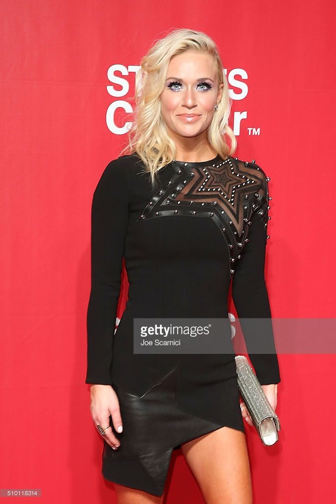 Caroline Boyer Bryan arrives at the 2016 MusiCares Person of The Year in Anthony Vaccarello on 2/13/16.