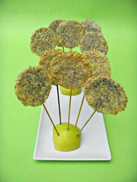 DOLCEmente SALATO: Lollipops di parmigiano