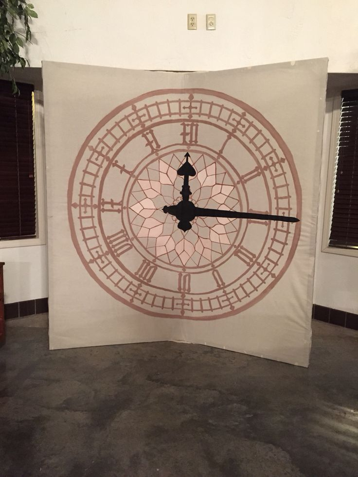 Hand-painted clock background for pictures for 'Neverland/Peter Pan' Prom Theme!