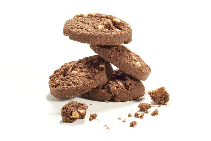 Capresi  Ispirato al famoso dolce dell'isola di Capri, un biscotto che esalta il frutto  più tradizionale della pasticceria mediterranea.  Ph. Emanuele Marietti