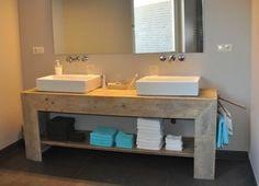 Badkamer meubel (recht) van steigerhout (121404076BD) | BADKAMERMEUBELS | JORG`S Houten Meubelen