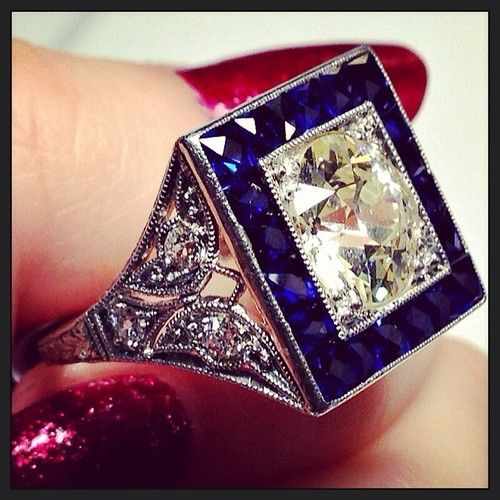 Antique Art Deco #sapphire and #diamond picture frame perfection. #instabling #diamonds #sapphires #antiquejewelry #jewelry #artdeco #butterfly #butterflies #cocktailrings #diamondring