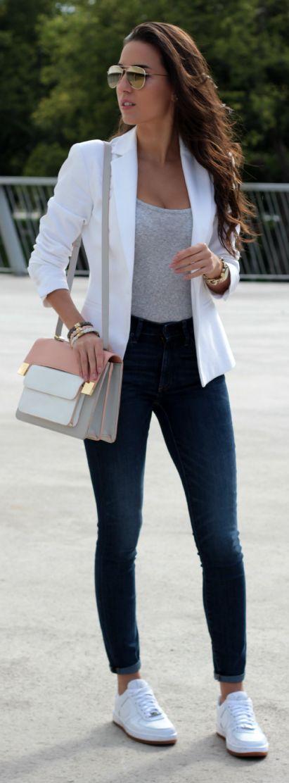 Outono, jeans, blazer branco, cinza, tenis branco