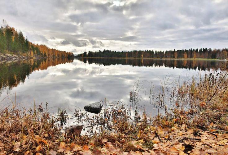 Sääkuva: Tyyntä ja pilvistä Oulujärvellä