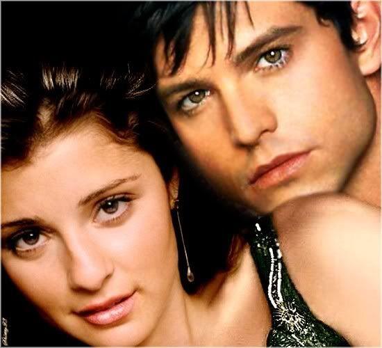 Max and Liz (Roswell): Favorite Couple, Roswel T V, Fantasyscifi Movie, Liz Roswel, Roswel Christmas, Tv Movie, Roswel Tv Show, Roswel Max And Liz, Fantasy Sci Fi Movie