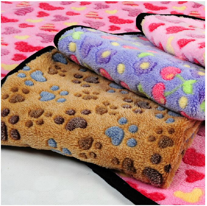 Paw printed fashion Warm Soft winter High Quality Cute Pet Supplies  Dog Cat Car blanket throws cushion for kennels Cage beds