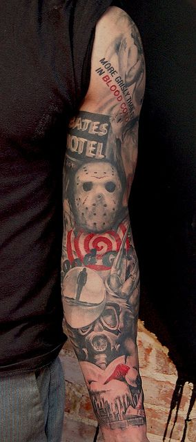 If I ever were to get a sleeve tattoo, this would be it. Pure Horror Genius!i love this style