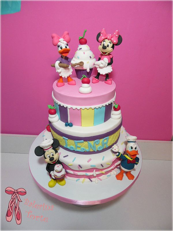 105 best images about mickey mouse and minnie cakes miki. Black Bedroom Furniture Sets. Home Design Ideas