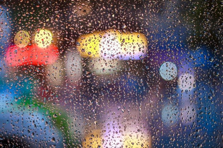 Download this free photo here www.picmelon.com #freestockphoto #freephoto #freebie /// Rainy Mood Blurred Lights | picmelon