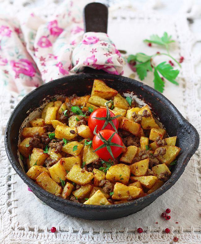 Жареный картофель с фаршем(Mufaraket Batata)