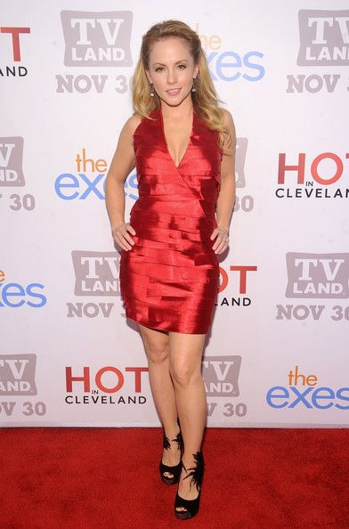 Kelly Stables Bra Size, Age, Weight, Height, Measurements - http://www.celebritysizes.com/kelly-stables-bra-size-age-weight-height-measurements/