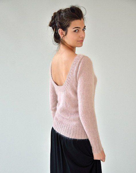 Вязаный пуловер с глубоким вырезом на спине | Clubkoff