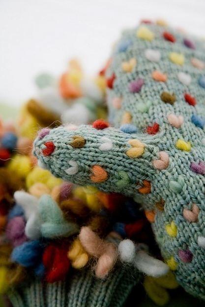 knitting, thrumming, wool roving,