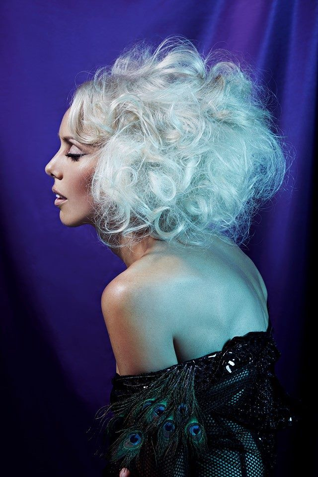 #madge #madonna meets #marilynmonroe #platinum #blonde #styling #heroines #vixens #big #hair #allure #allurecollection #body #volume #texture #sexy #iwantthathair