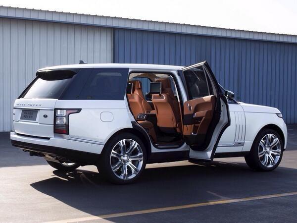 White n brown range rover sport