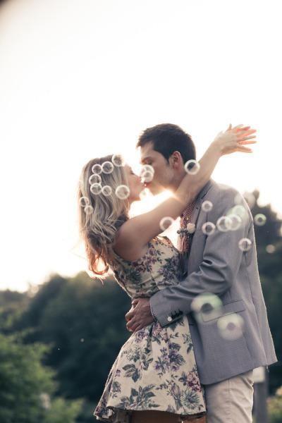Ideias para fotos de casal/noivado   http://nathaliakalil.com.br/ideias-para-fotos-de-casalnoivado/