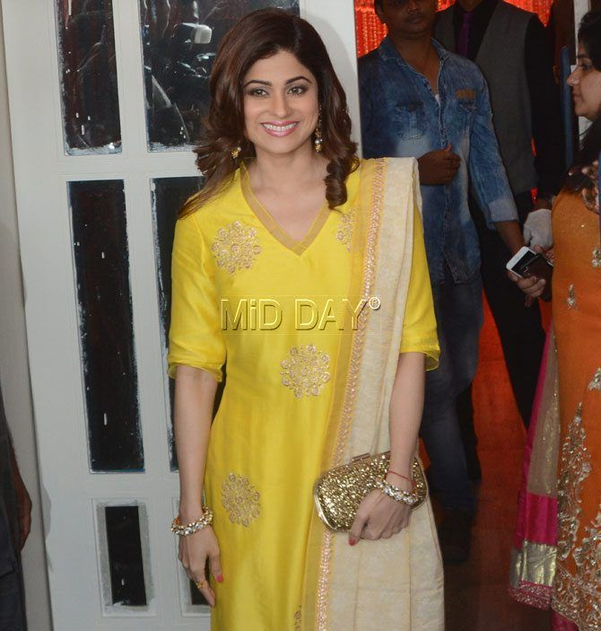 Shamita Shetty at Bipasha Basu and Karan Singh Grover's mehendi ceremony. #Bollywood #Fashion #Style #Beauty #Hot #Wedding