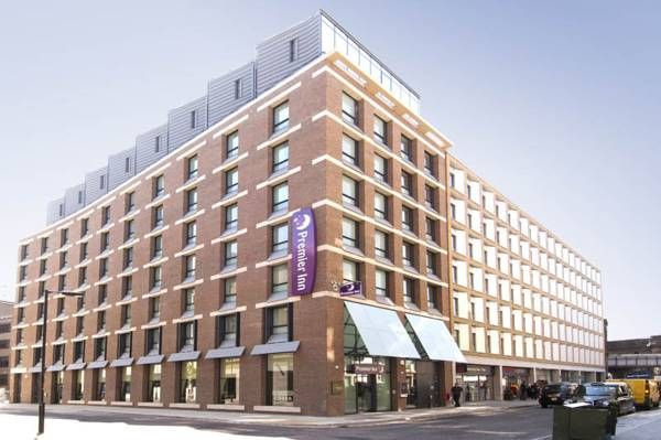 Hotel Premier Inn London Southwark - London ... #Hotel, #Hotels, #SpecialOffers, #HotelDirect, #HotelGuide, #BestHotels ... Welcome to Hotel Premier Inn London Southwark London, Just a 7-minute tube journey from central London, Hotel Premier Inn London Southwark (Tate Modern)is less than a mile from London Waterloo station and is located in Southbank, next to the River Thames. The Tate Modern art gallery is only a...