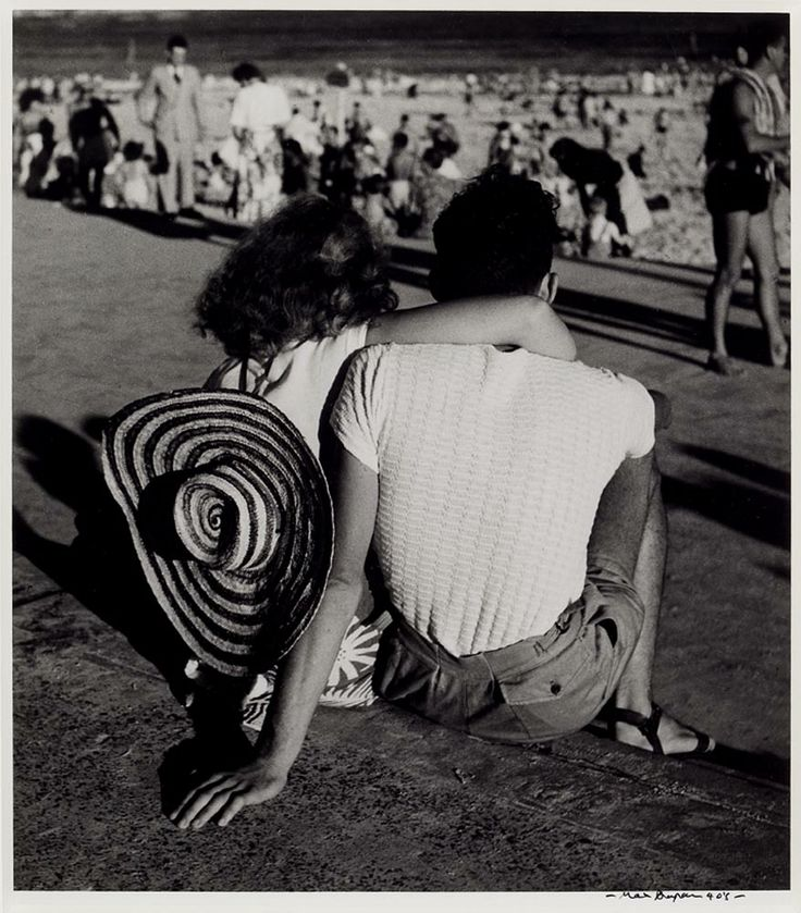 MAX DUPAIN - Beach watchers