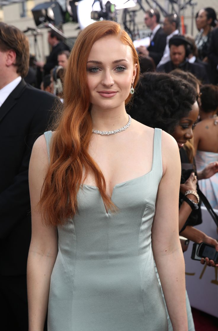 124 Best Sophie Turner Images On Pinterest  Redheads -5831