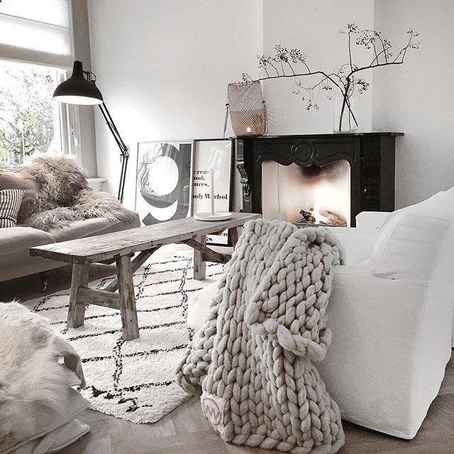 Cocooning - Stone & Living - Immobilier de prestige - Résidentiel & Investissement // Stone & Living - Prestige estate agency - Residential & Investment www.stoneandlivin...