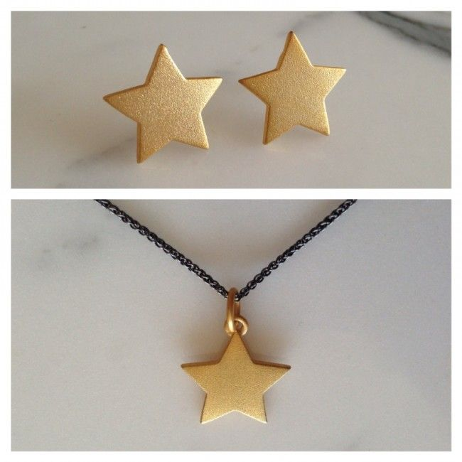Set from Star earrings and Star necklace with gold mat surface Price: 47€