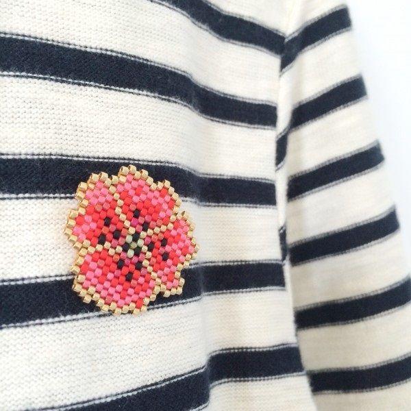 Broche gentil coquelicot en perles miyuki de Mon petit Bazar