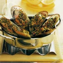 BBQ Chain Restaurant Recipes: Mussels with Parmesan and Garlic