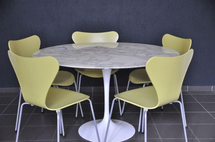 Original Knoll international Eero Saarinen Eßtisch D.120cm Marmor Dining Table