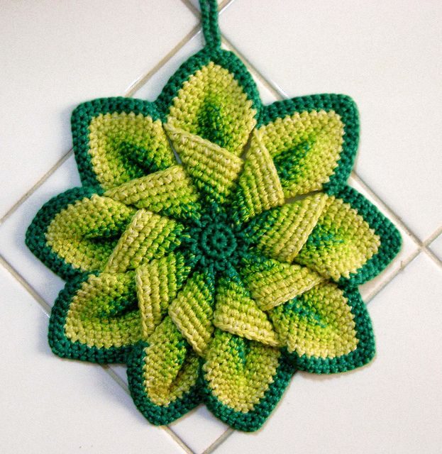 Crochet Flower Hot Pad - Kiwi and Lime