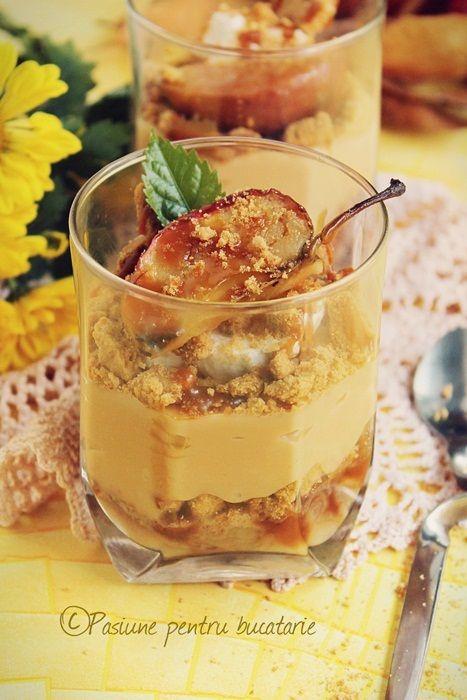 Desert cu budinca de caramel, mere coapte si biscuiti | Pasiune pentru bucatarie