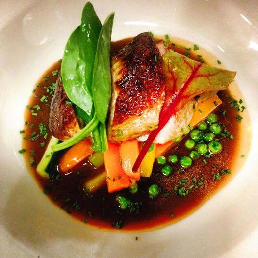 Médaillon de veau aux légumes du moment de la Strasbourgeoise à Paris. #veal #restaurantparis #frenchgastronomy #strasbourgeoise #foodies