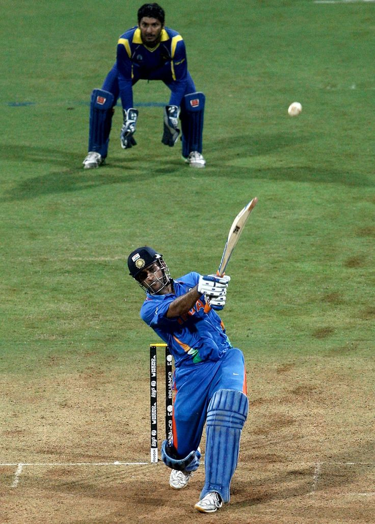 MS Dhoni sealing the win with a powerful six down the ground!