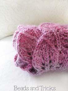 Lavoro a maglia: raccolta di schemi e modelli gratuiti in italiano per download o consultazione.