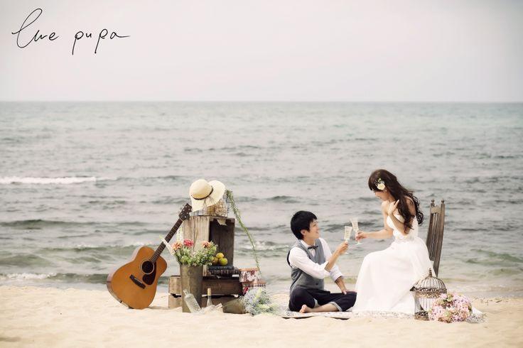 http://ameblo.jp/ellepupa/entry-11631567443.html  #海 #ギター #椅子 #乾杯 #砂浜