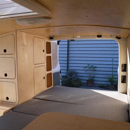 374 best caravan interior images on Pinterest Camper van - küche mit dachschräge planen